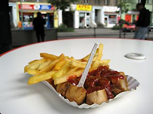 gro stadt mythen oder die beste currywurst in berlin. Black Bedroom Furniture Sets. Home Design Ideas